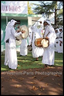 Qatar Prix de l'Arc de Triomphe - Chant et danse Qatarien